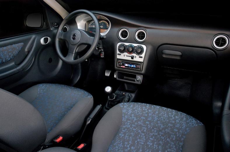 Chevrolet Celta 1.0 Spirit 2005 (2)