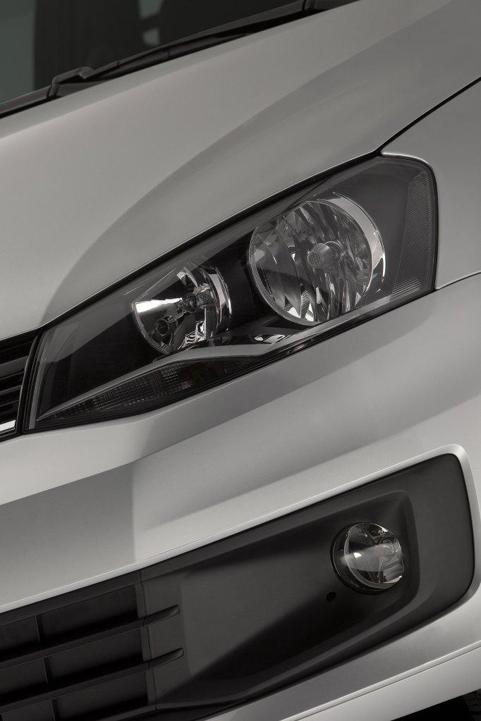 Volkswagen-Saveiro-Trend-2013-09