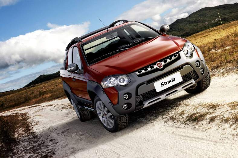 Fiat Strada Adventure Cab. Dupla Virtual Reality 2013 04